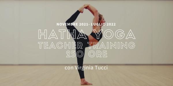 Hatha Yoga Teacher Training 2021-22 Con Virginia Tucci
